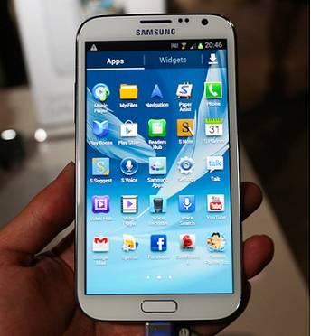 삼성 LG 휴대전화 배터리 사용시간 하늘과 땅 차이